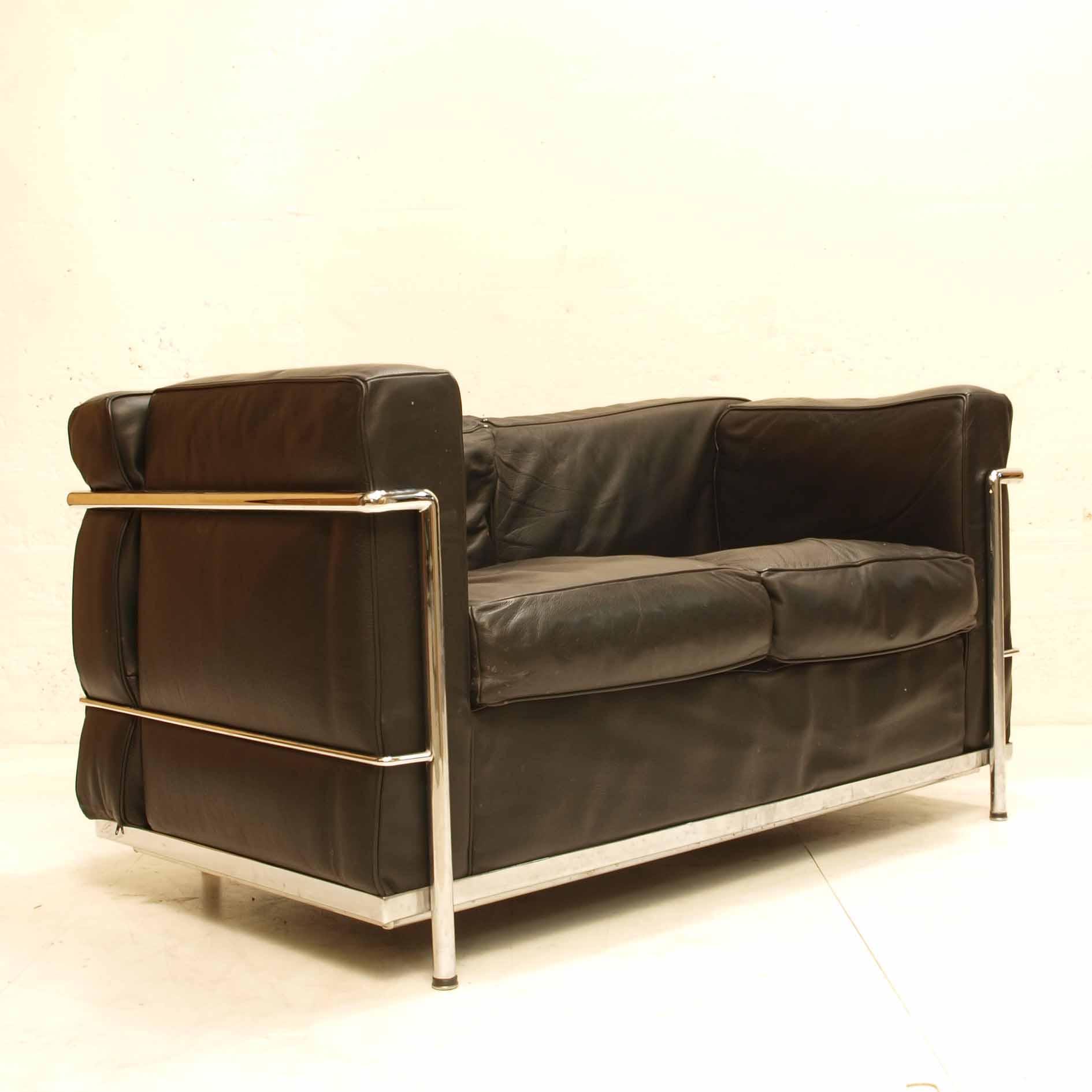 sofa corbusier kopie lc2 schwarzes leder m bel z rich vintagem bel. Black Bedroom Furniture Sets. Home Design Ideas