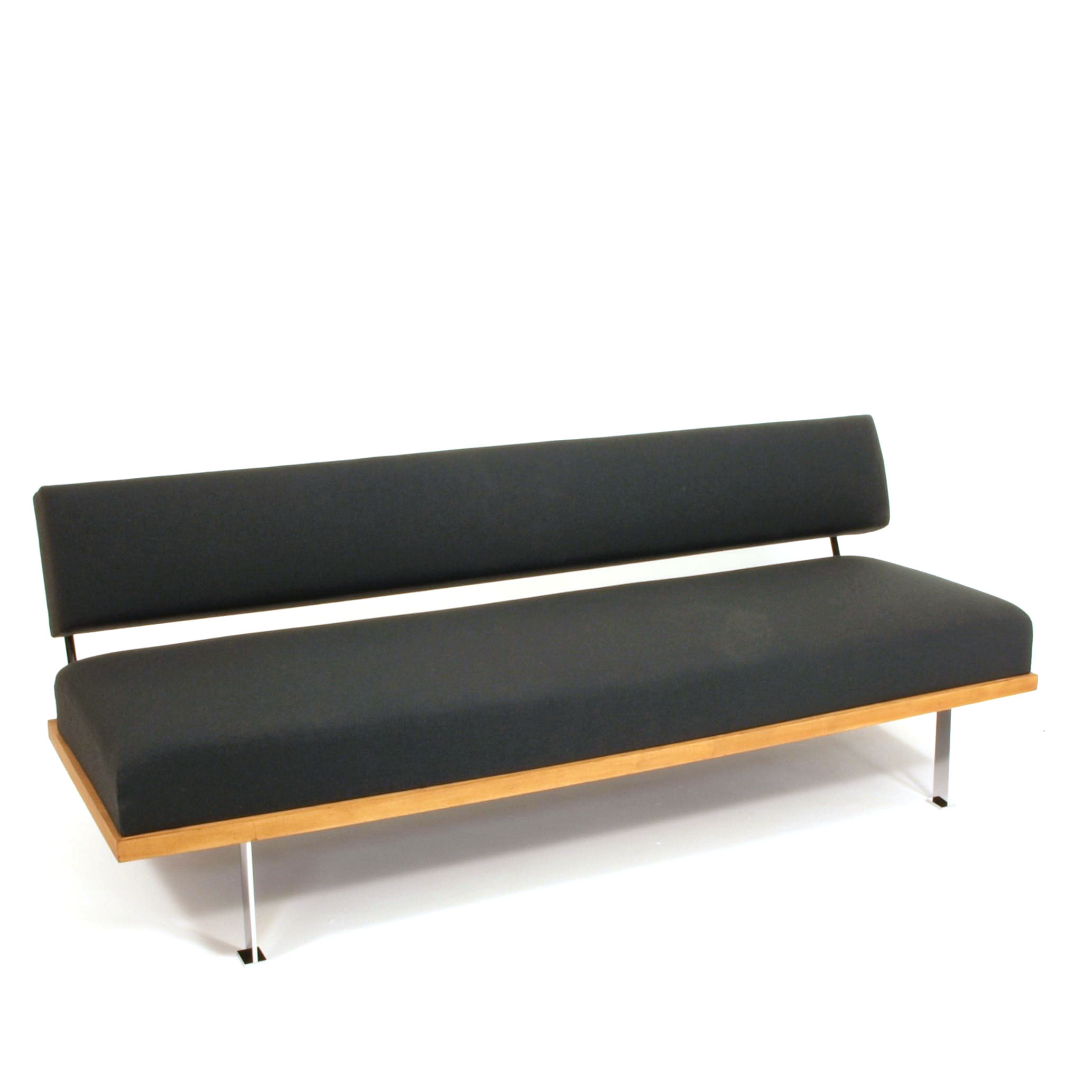 hugo peters sofa komplett restauriert m bel z rich vintagem bel. Black Bedroom Furniture Sets. Home Design Ideas