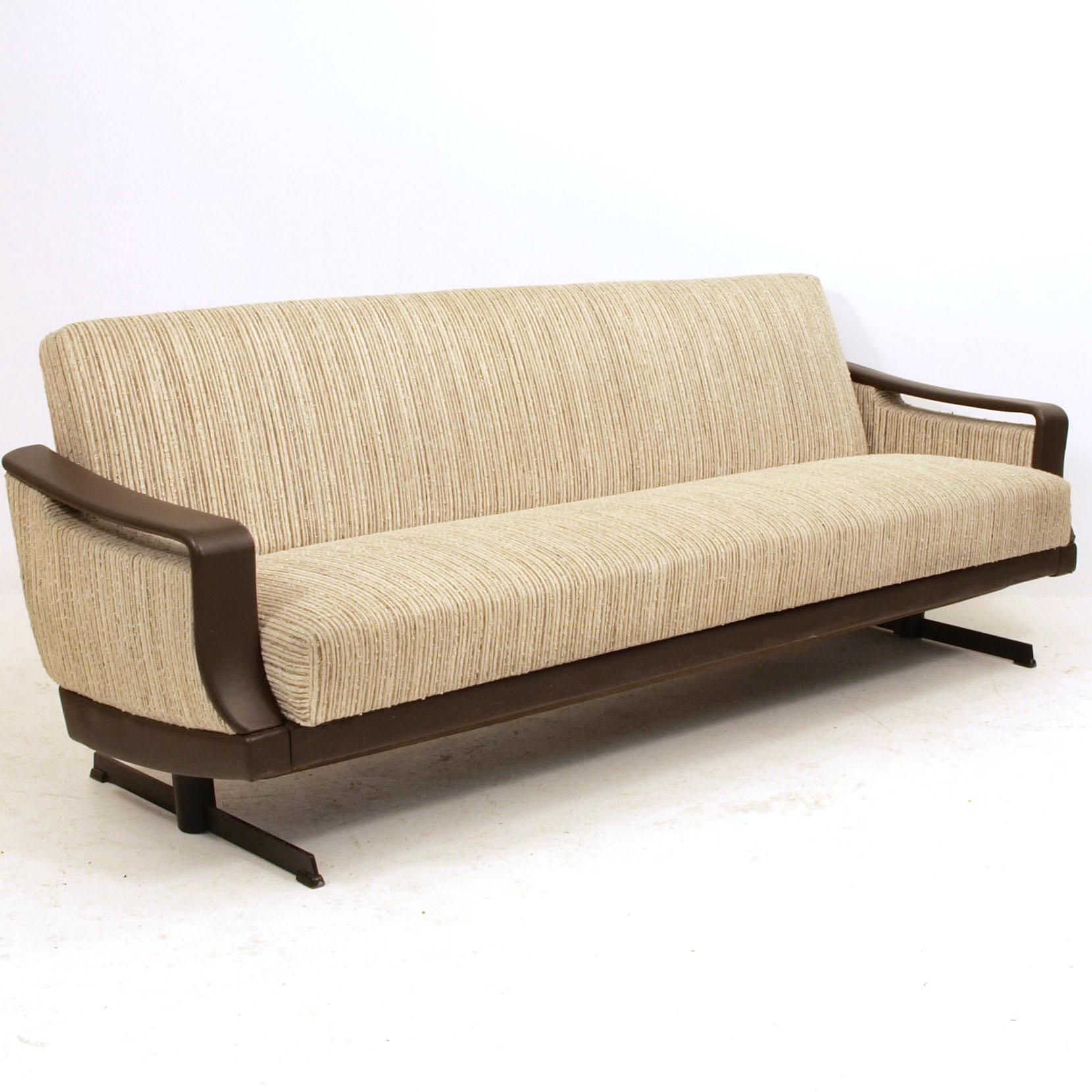 bettsofa der 1960 jahre m bel z rich vintagem bel. Black Bedroom Furniture Sets. Home Design Ideas