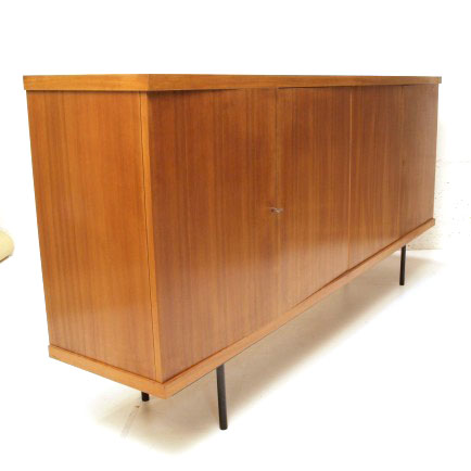 nussbaum sideboard lang m bel z rich vintagem bel. Black Bedroom Furniture Sets. Home Design Ideas