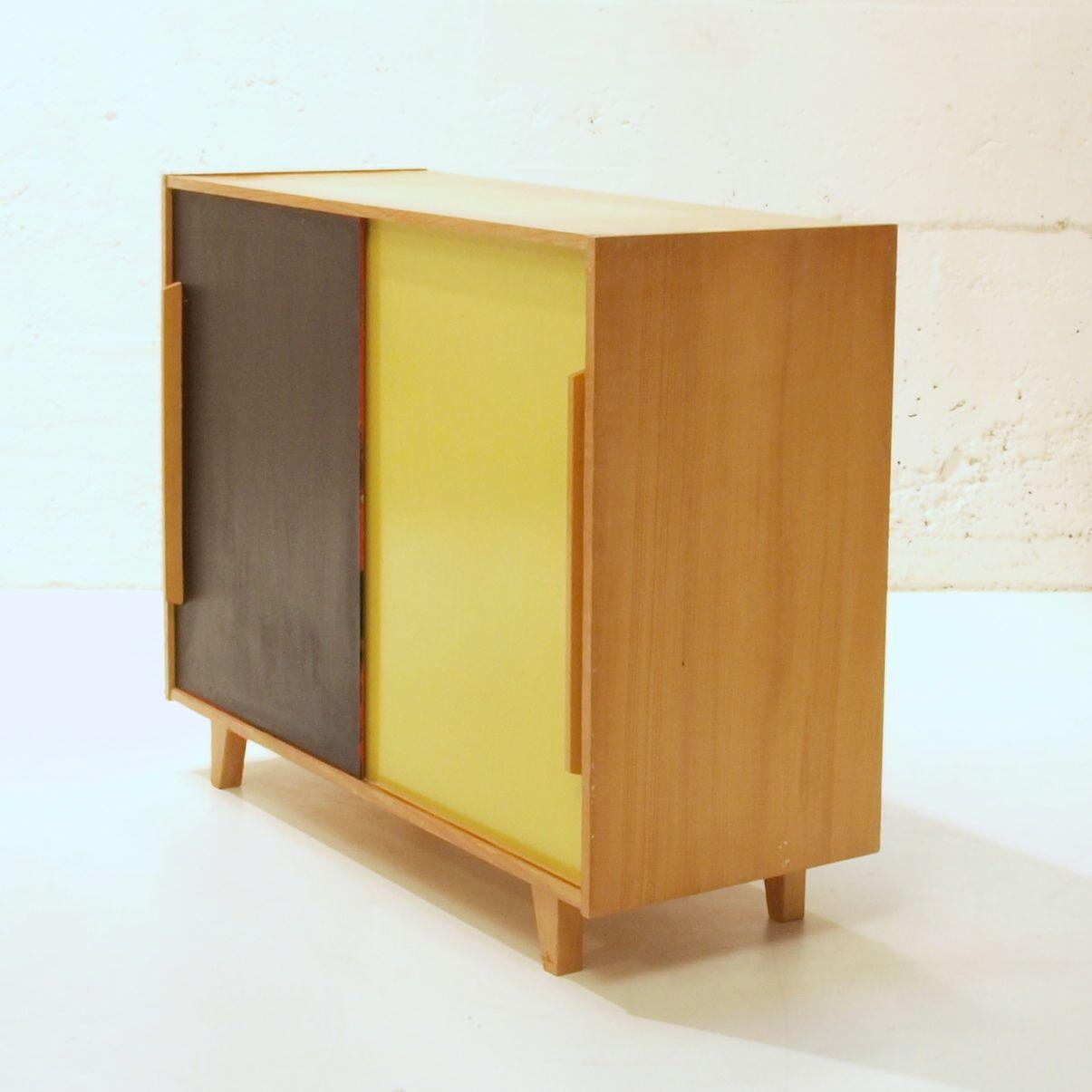 schiebeschrank gelb schwarz m bel z rich vintagem bel. Black Bedroom Furniture Sets. Home Design Ideas