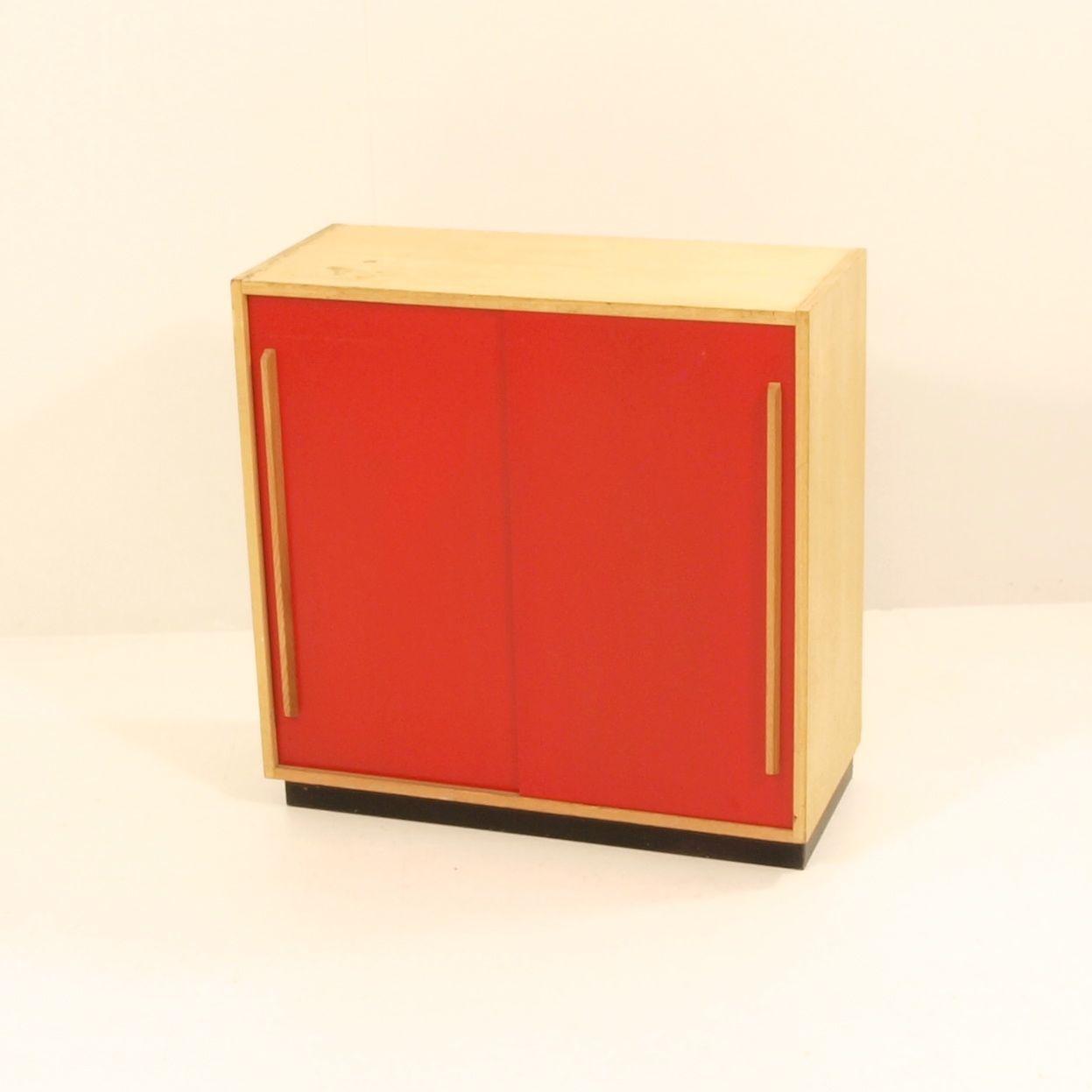 schiebeschrank schlicht m bel z rich vintagem bel. Black Bedroom Furniture Sets. Home Design Ideas