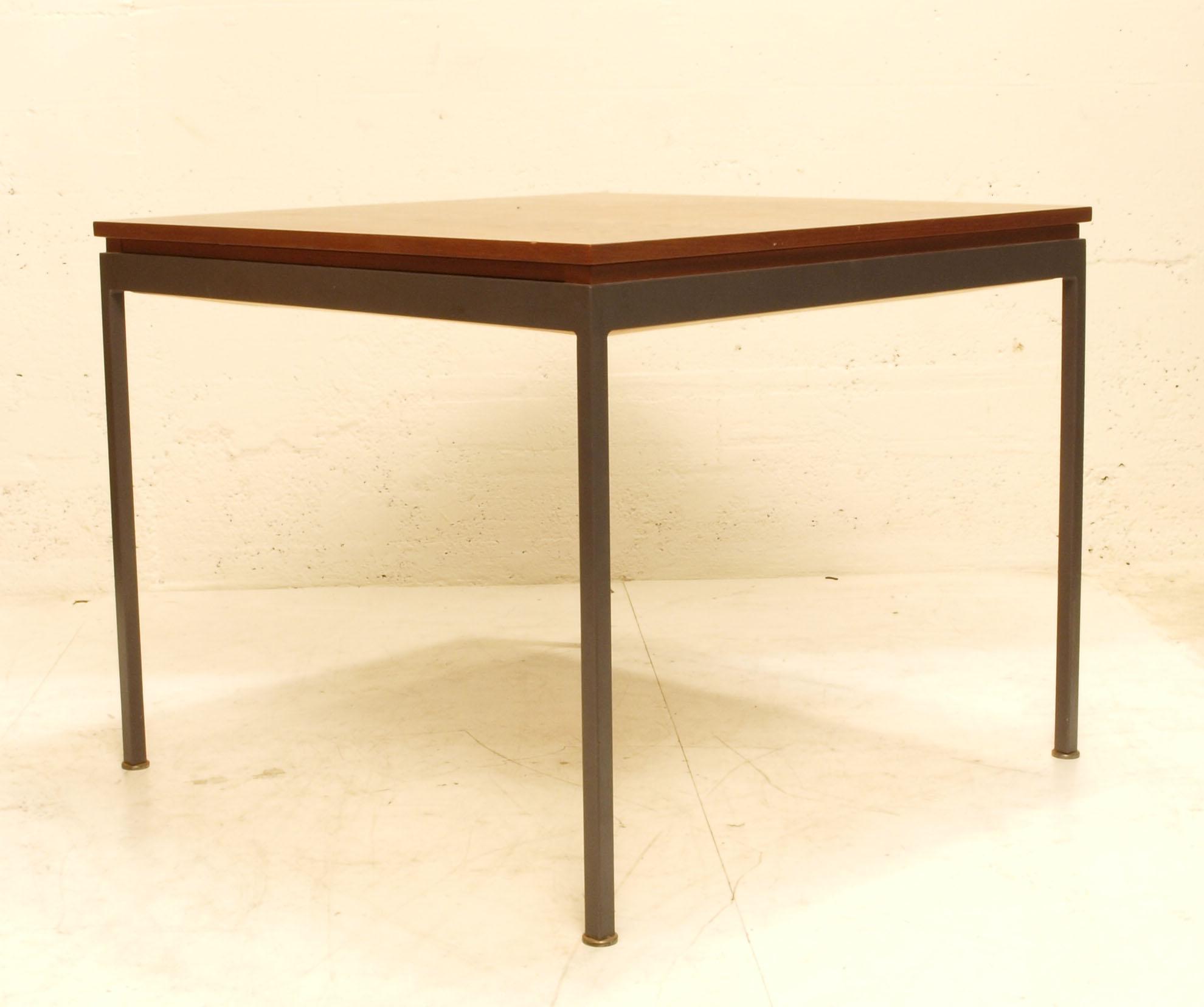teak tisch quadratisch m bel z rich vintagem bel. Black Bedroom Furniture Sets. Home Design Ideas
