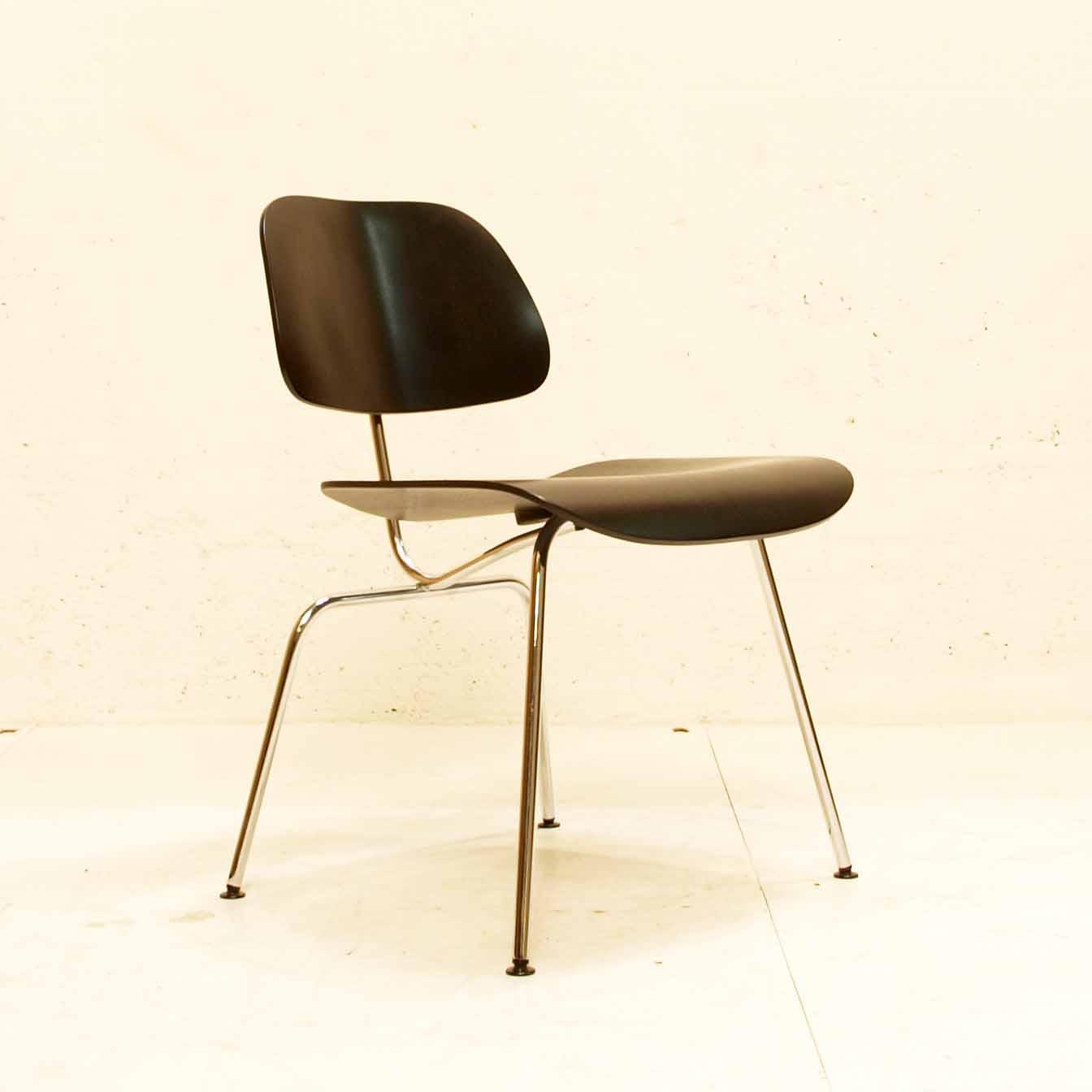 Lcm Lounge Chair Metal Stuhl Von Charles Eames Für Vitra Möbel