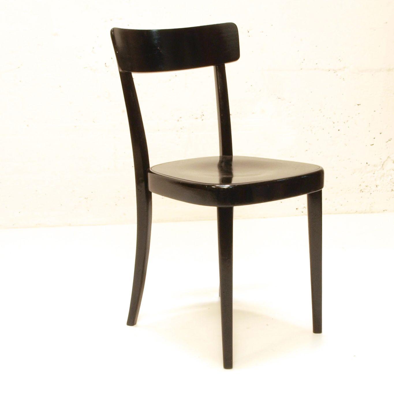Horgen glarus stuhl schwarz lackiert m bel z rich for Stuhl design bilder