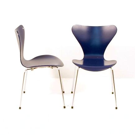 3107 arne jacobsen blau 4 stk vorhanden m bel z rich vintagem bel. Black Bedroom Furniture Sets. Home Design Ideas