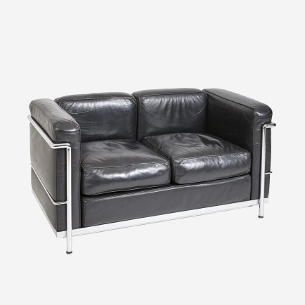 ledersofa zweisitzer replica nach corbusier lc2 m bel z rich vintagem bel. Black Bedroom Furniture Sets. Home Design Ideas