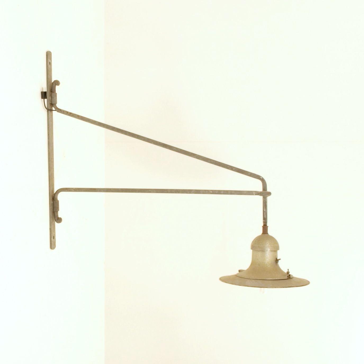 Industriewandlampe  Möbel Zürich  Vintagemöbel