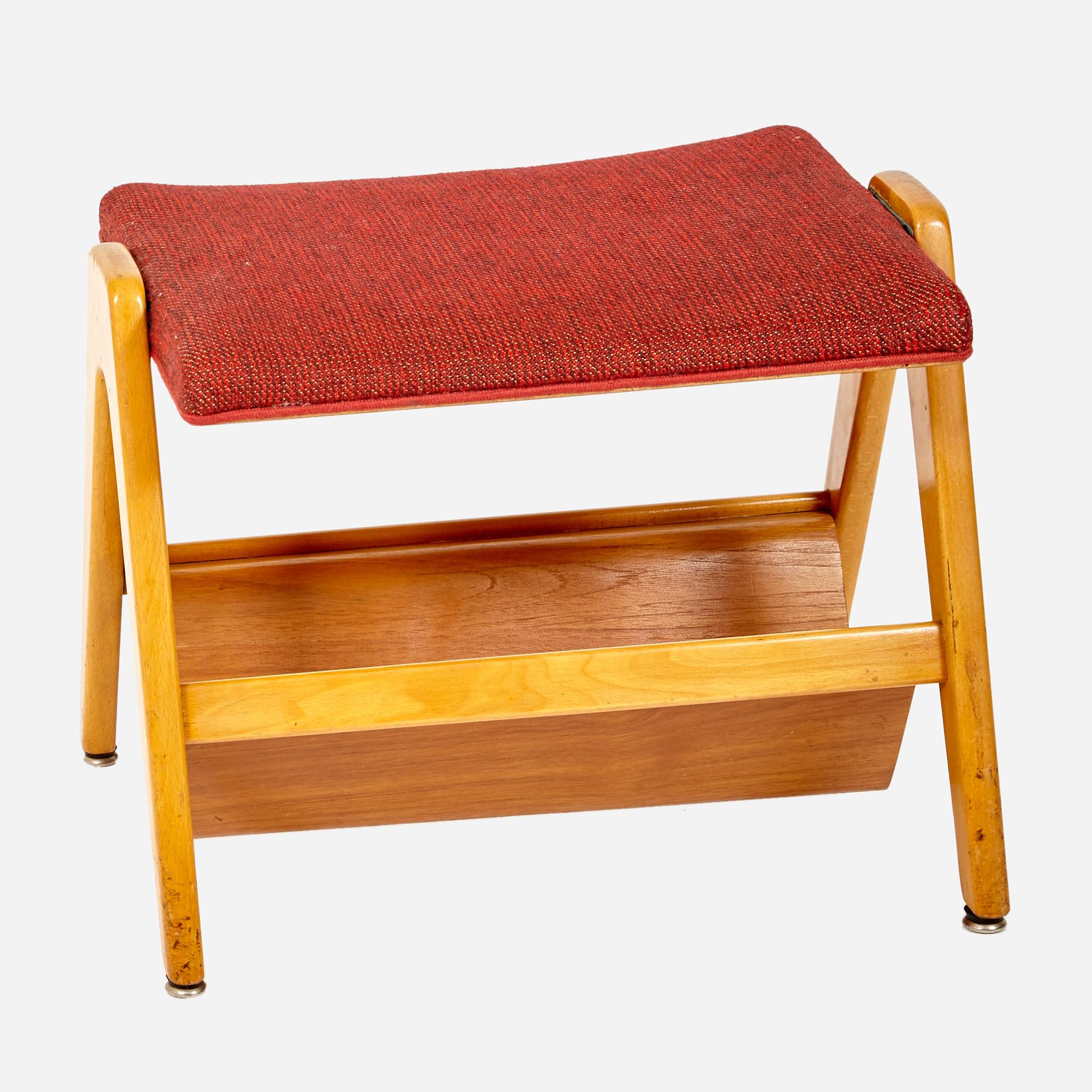 fussb ckli mit zeitschriftenablage m bel z rich vintagem bel. Black Bedroom Furniture Sets. Home Design Ideas