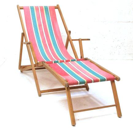 div. holzliegestühle mit fussablage | möbel zürich | vintagemöbel, Hause ideen