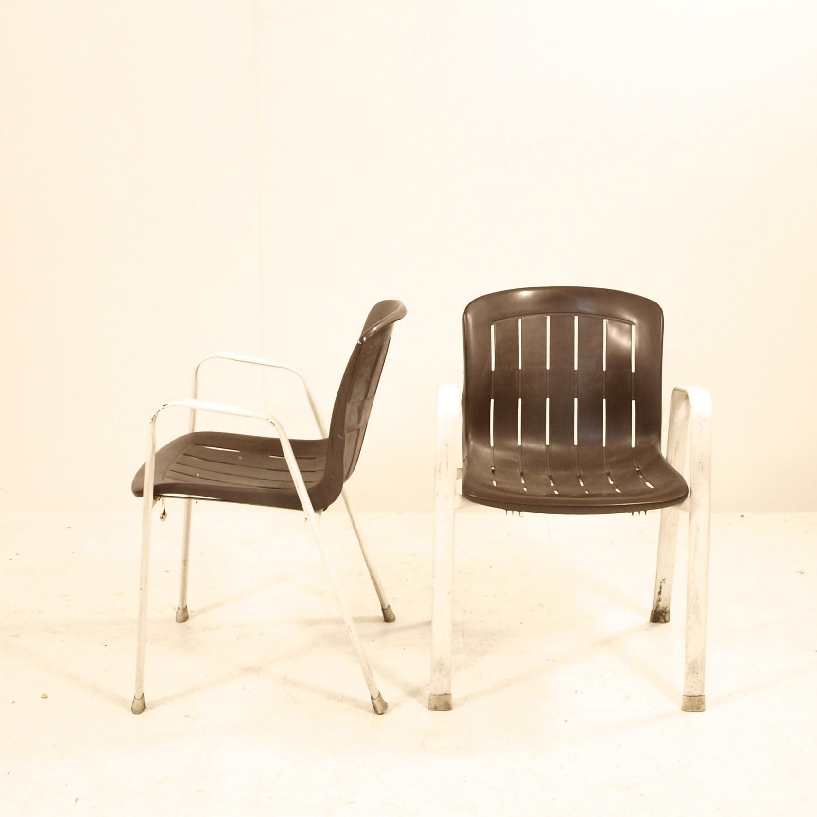 plastik gartenstuhl in braun ca 50 stk m bel z rich vintagem bel. Black Bedroom Furniture Sets. Home Design Ideas