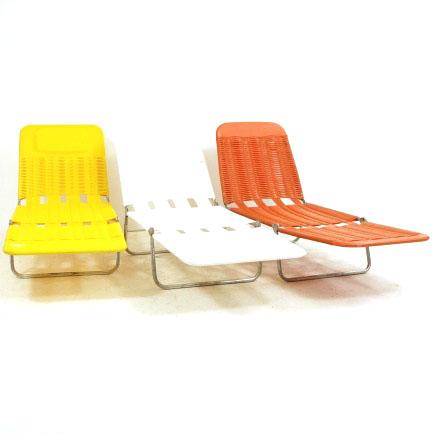 klappbare bunte liegest hle momentan nur noch in orange. Black Bedroom Furniture Sets. Home Design Ideas
