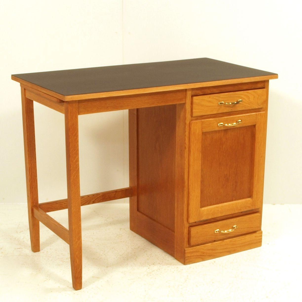 Schreibtisch linoleum for Usm mobel gunstig
