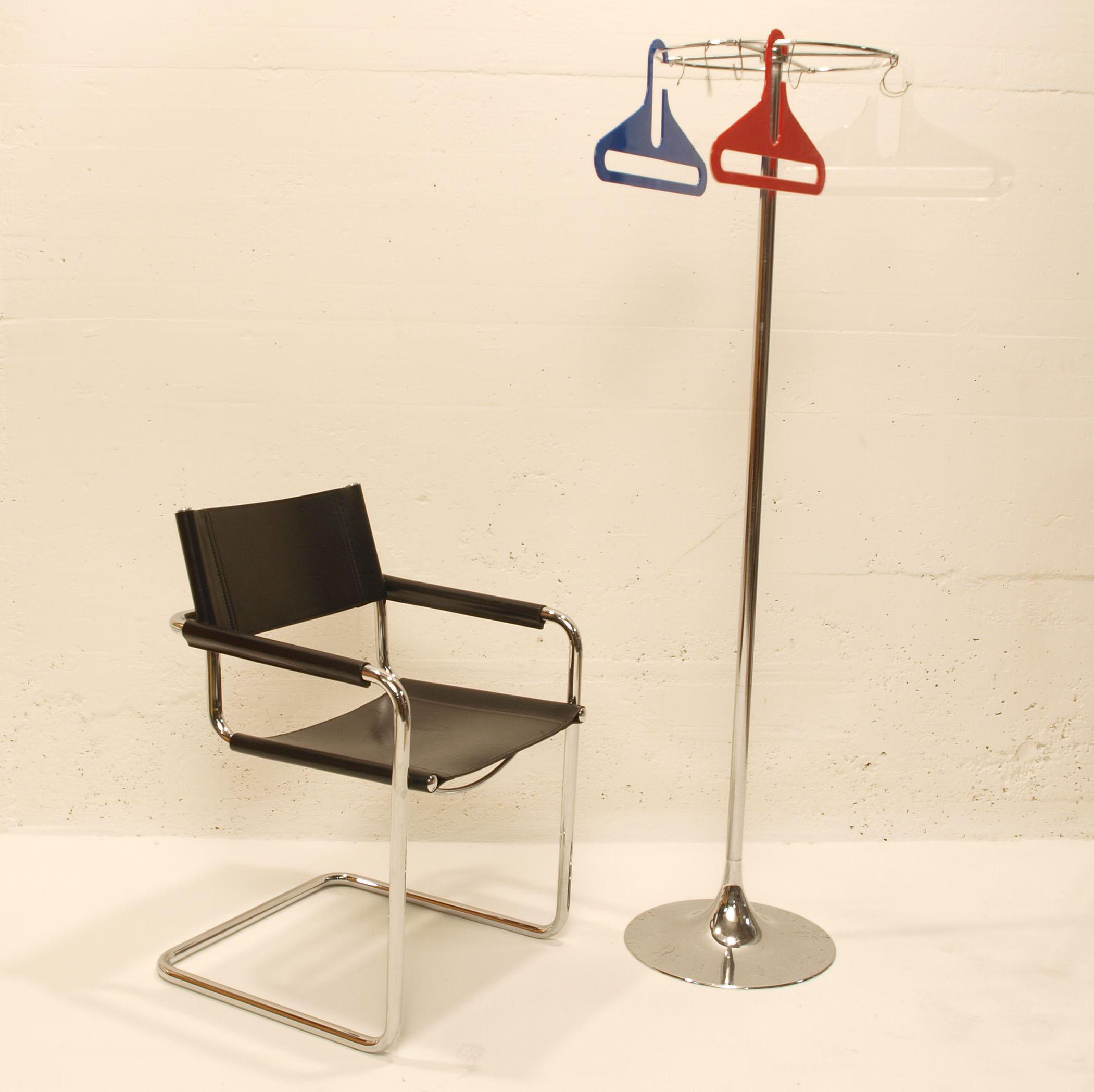 freischwinger schwarz m bel z rich vintagem bel. Black Bedroom Furniture Sets. Home Design Ideas