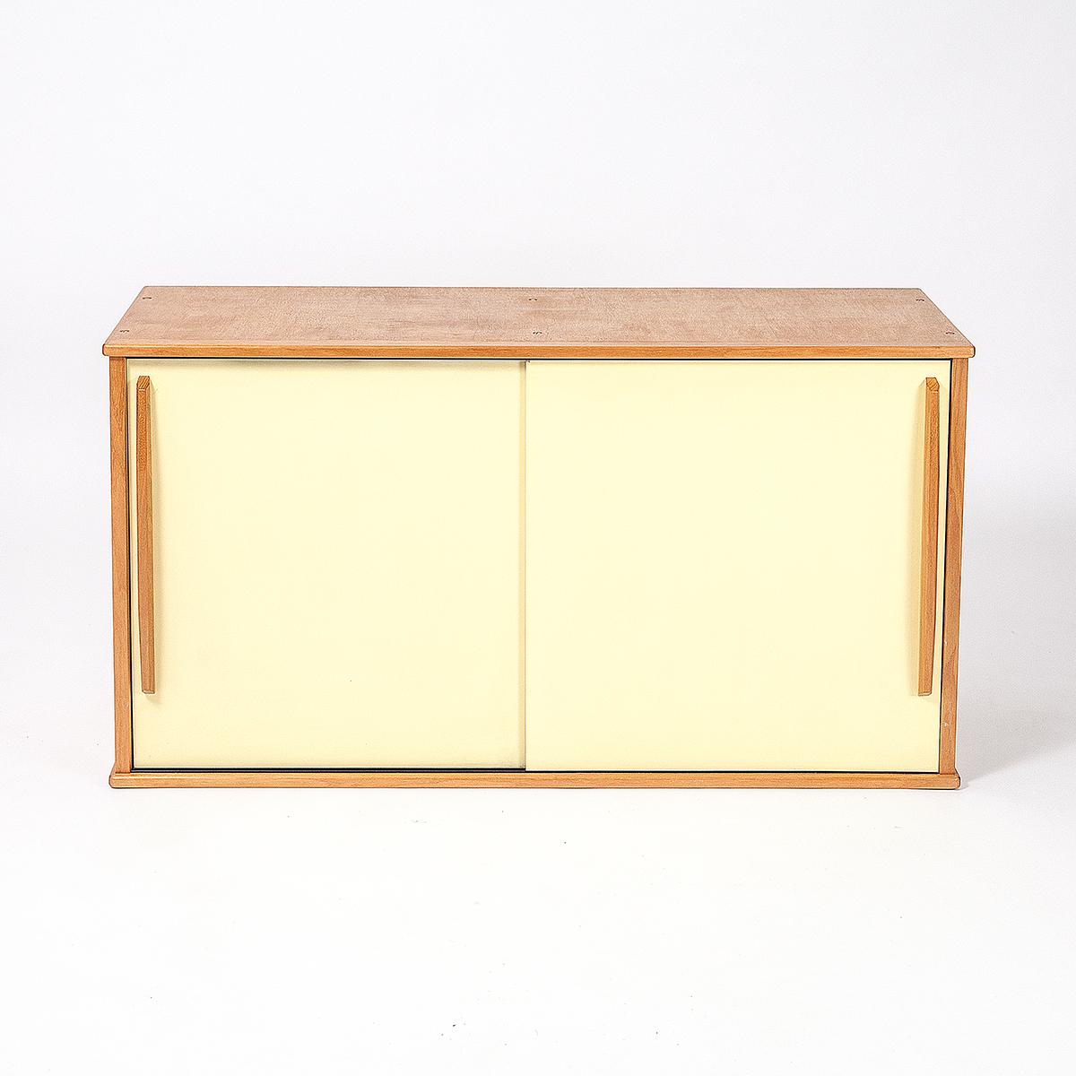 Sideboard Mit Schiebeturen Mobel Zurich Vintagemobel