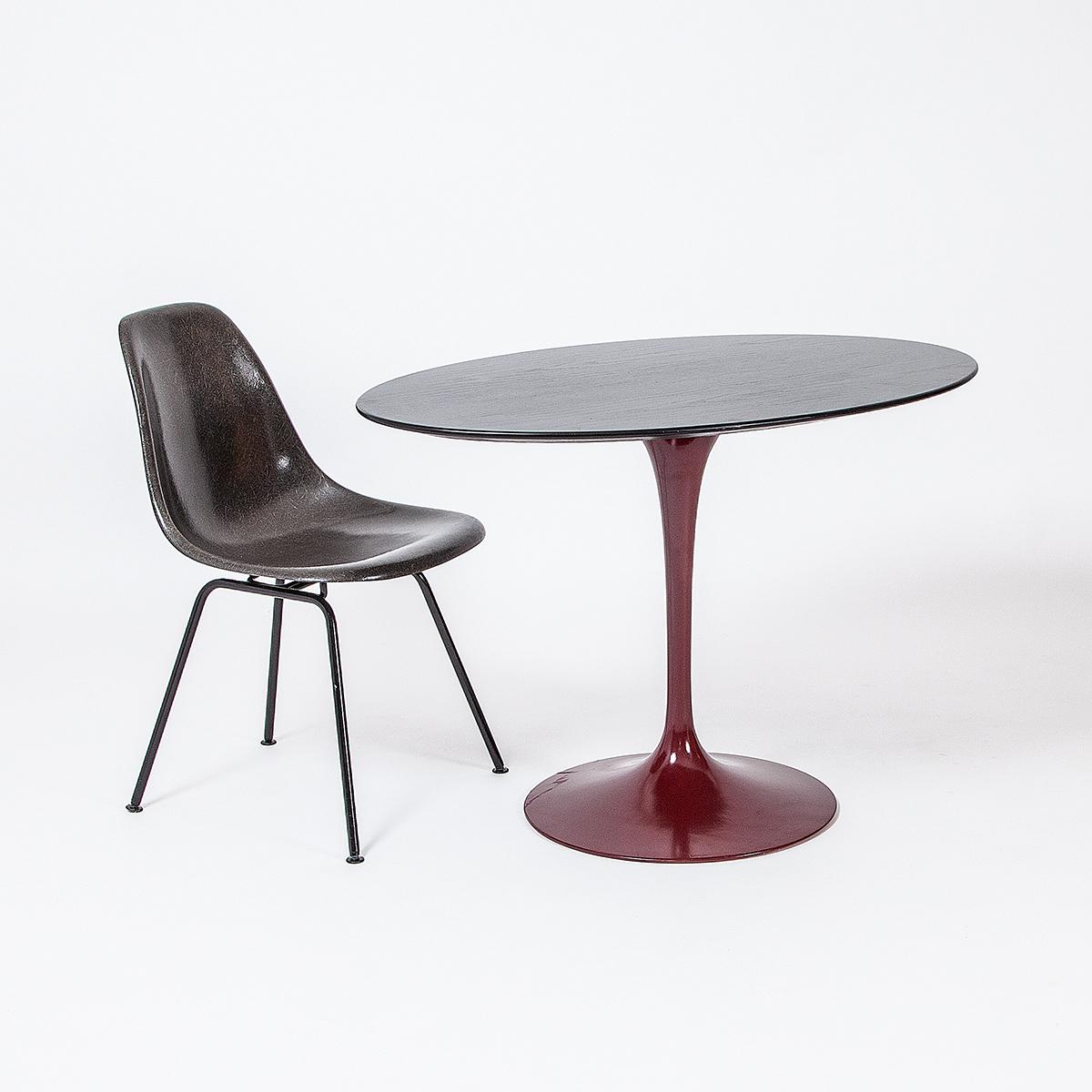 saarinen tisch oval m bel z rich vintagem bel. Black Bedroom Furniture Sets. Home Design Ideas