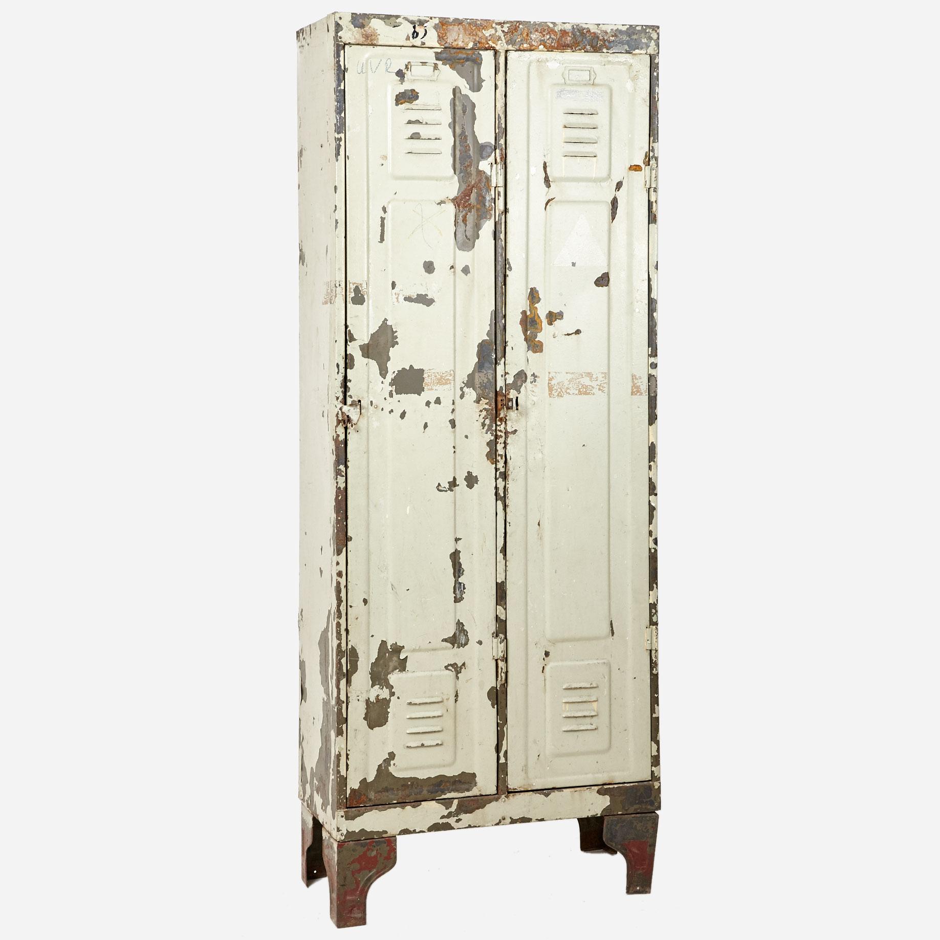 vintage metallschrank m bel z rich vintagem bel. Black Bedroom Furniture Sets. Home Design Ideas