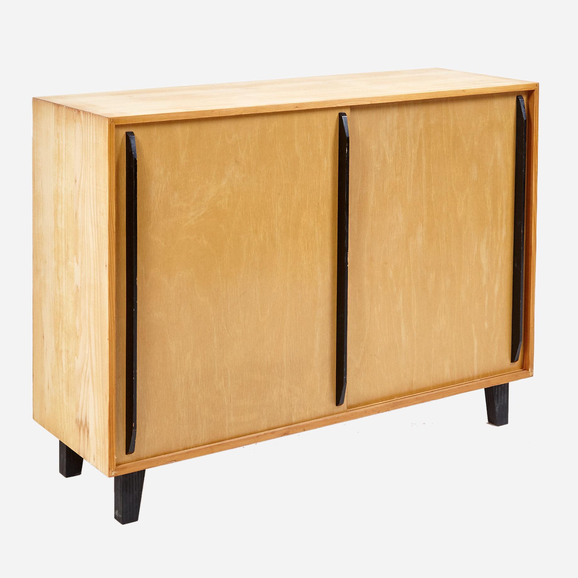 schiebeschrank geschliffen und ge lt m bel z rich vintagem bel. Black Bedroom Furniture Sets. Home Design Ideas