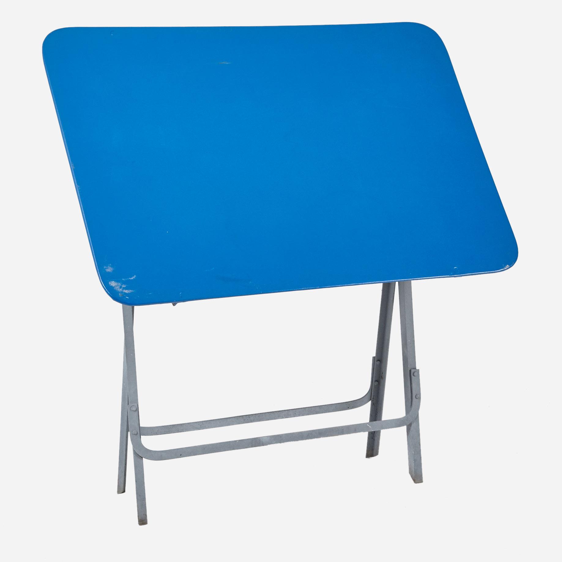Kleiner Gartentisch In Blau Mobel Zurich Vintagemobel