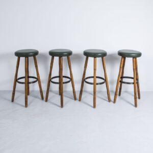 Barhocker mit grünem Kunstlederbezug Gastronomie Möbel
