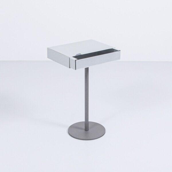 Aluminium Beistelltisch mit Schublade Couchtisch