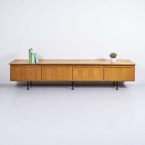 50er Jahre Sideboard mit Klapptüren Möbel