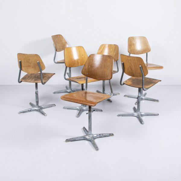 Buchen Schulhaus Stühle Bürostuhl