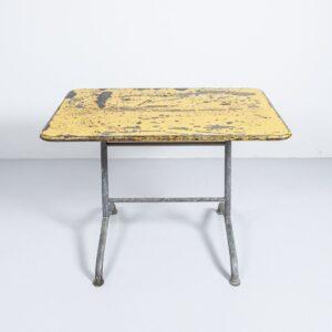 Bigla Gartentisch gelb mit Patina, klarlackiert und klappbar Gartenmöbel