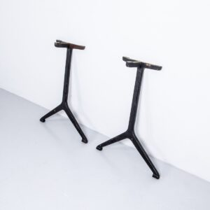 Gusseisenbeine schwarz, 1 Paar Gusseisenbeine