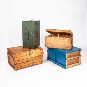 Diverse Holz- und Blechtruhen Besonderes