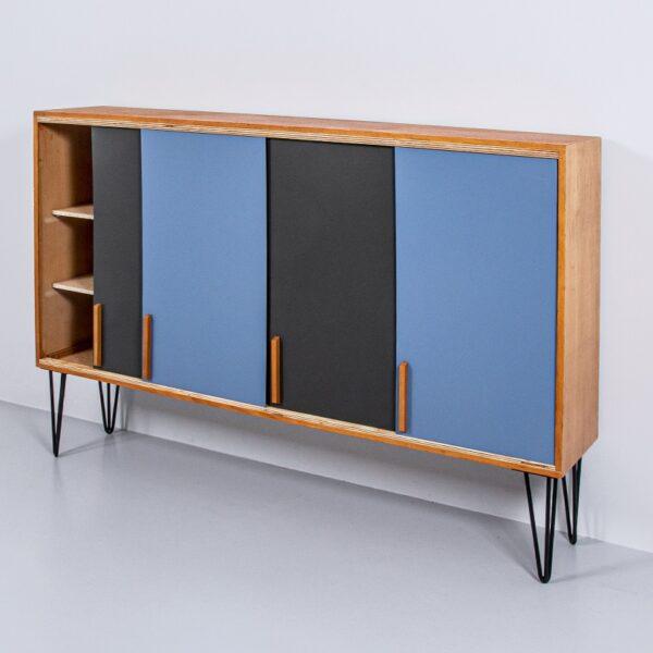 60er Jahre Sideboard mit Schiebetüren Möbel