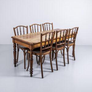 Ahorn Holztisch mit gedrechselten Beinen Esstisch